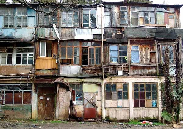 В Воронеже на материнские капиталы покупалось аварийное жилье