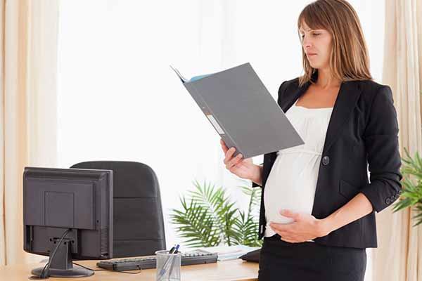 Законодательство при оформлении отпуска по беременности